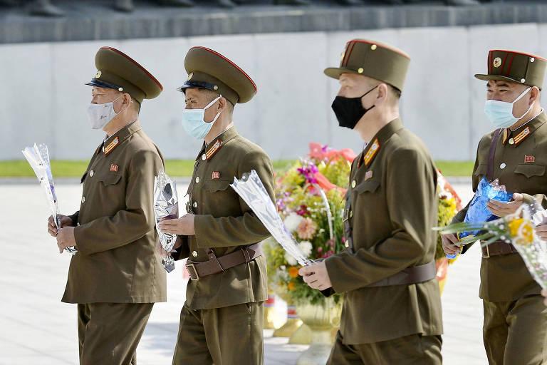 Coreia do Norte suspende planos de ação militar contra o Sul, diz imprensa oficial