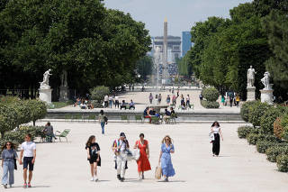 Contrast of Paris during and after the lockdown due to the coronavirus disease outbreak