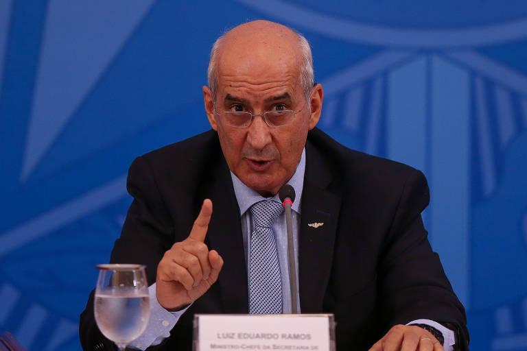 Luiz Eduardo Ramos (Secretaria de Governo) em coletiva de imprensa no Palácio do Planalto para tratar do combate ao Coronavírus