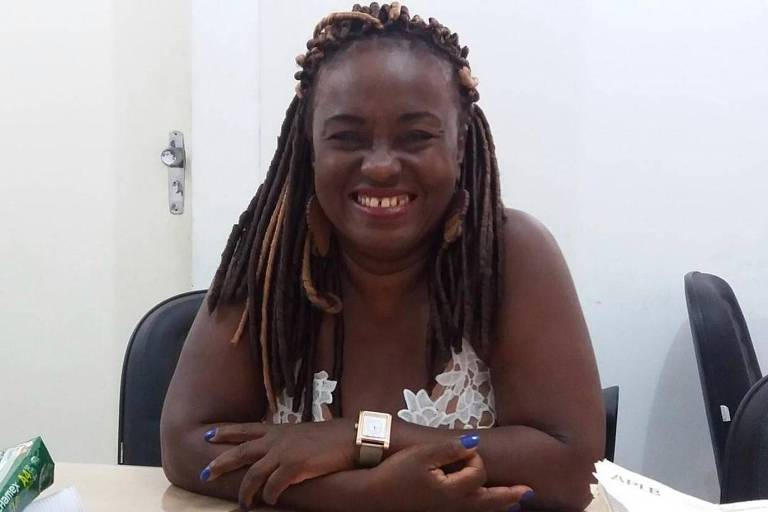Pedagoga, militante antirracista, pré-candidata a vereadora pelo PCdoB, moradora da periferia de Salvador, a professora Clarice Pereira dos Santos teve a história de luta interrompida na última segunda-feira (22), aos 59 anos, como mais uma vítima da Covid-19 no Brasil