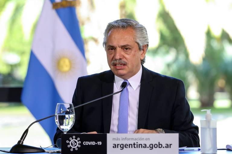 O presidente Alberto Fernández anuncia novas medidas para reforçar o 'lockdown' na área metropolitana e na cidade de Buenos Aires