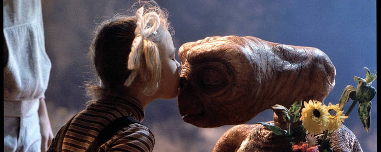 """Cena do filme """"ET, o Extraterrestre"""""""