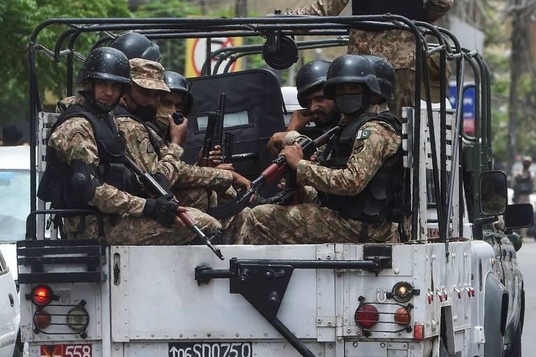 Ataque a Bolsa de Valores deixa ao menos seis mortos no Paquistão