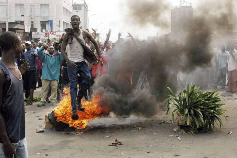 Fotojornalista do Congo, John Bompengo, morre de Covid-19