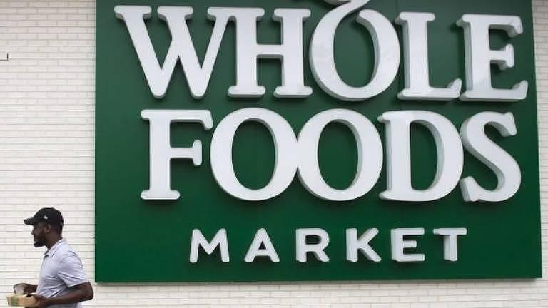 As populações dos países ocidentais foram alimentadas por grandes redes de supermercados durante a pandemia