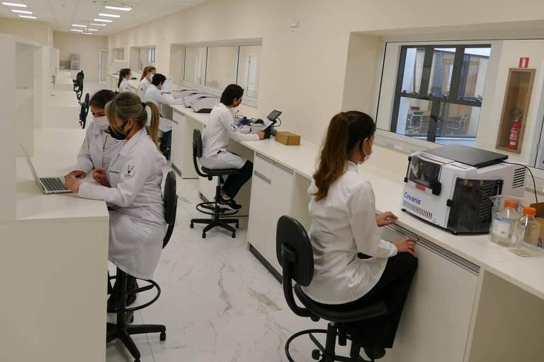 Pesquisadores do IPEC buscam no DNA a explicação para as manifestações da Covid-19.