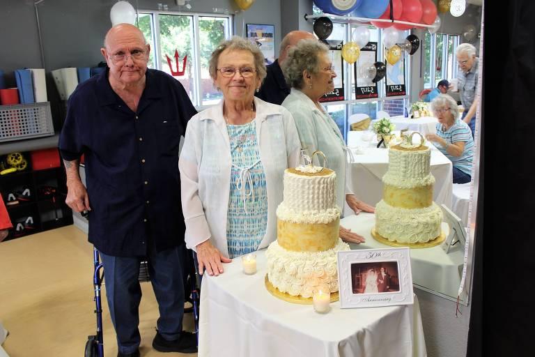 Curtis e Betty Tarpley, que foram casados por 53 anos e morreram de Covid-19 no Texas em junho