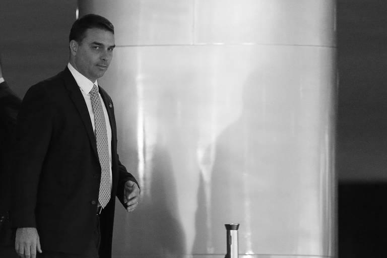 O senador Flávio Bolsonaro na posse de Rogério Marinho como novo ministro do Desenvolvimento Regional,  no Palácio do Planalto, em Brasília (DF)