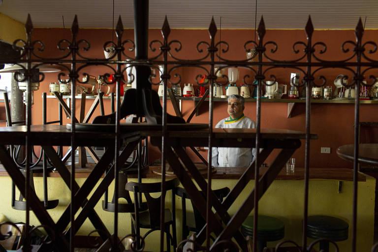 Delio Canabrava decidiu colocar o bar Canabenta, em Curitiba, à venda. O interessado não pagará nada pelo negócio, mas terá de assumir R$ 250 mil em dívidas