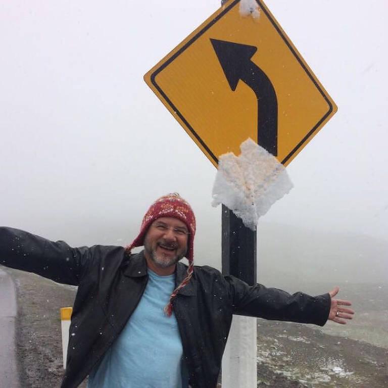 Placa em estrada nos Andes peruanos, em 2018