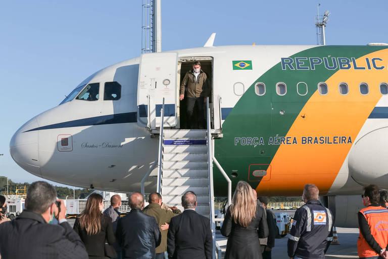 Presidente Jair Bolsonaro chega a Florianópolis, de onde partiu para sobrevoar as áreas atingidas por ciclone nesta semana