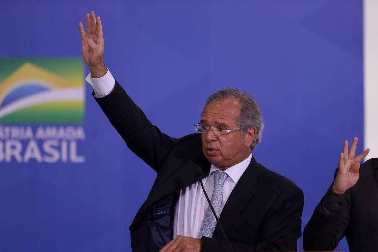 Ministro da Economia, Paulo Guedes, em solenidade no Palácio do Planalto