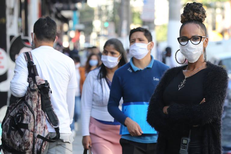 Laboratório testa máscaras na USP