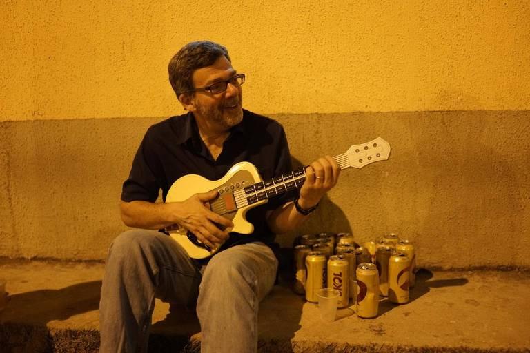 Antropólogo brasilianista John Burdick, morto em decorrência de um câncer aos 61 anos