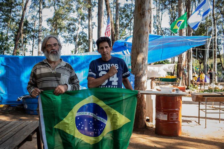 Bolsonaristas ficam 49 dias em cadeia, veem reviravolta na Justiça e deixam prisão com cautela e sob tutela