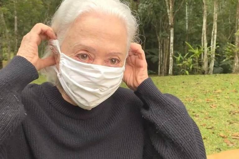 Fernanda Montenegro e Gilberto Gil participam de campanha pelo uso de máscaras