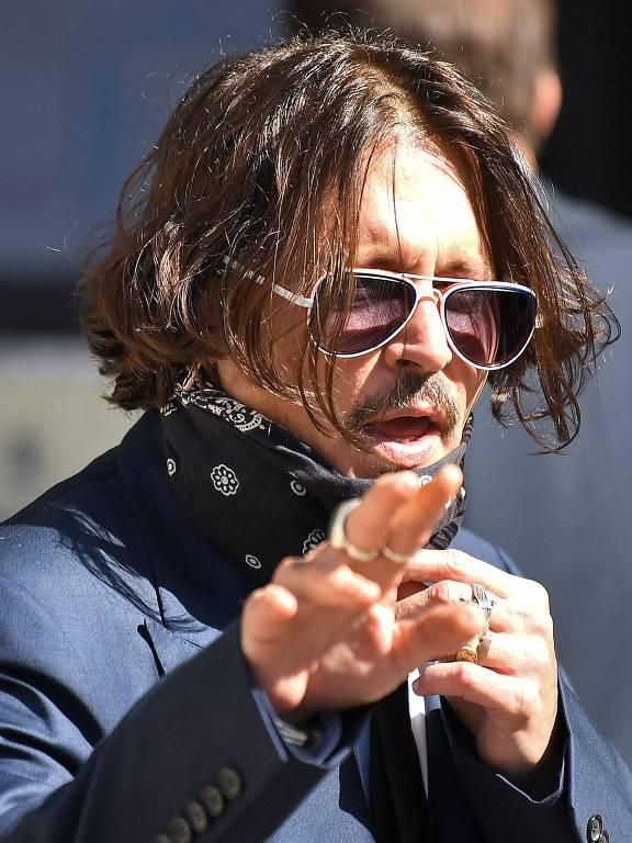 Imagens do ator Johnny Depp