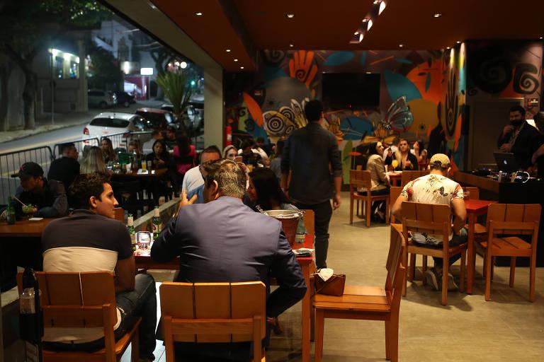 Na contramão da Grande São Paulo, bares em Santo André ficam abertos até 23h30