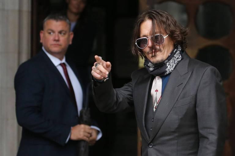 Johnny Depp nega ter agredido ex-mulher por causa de tatuagem durante julgamento