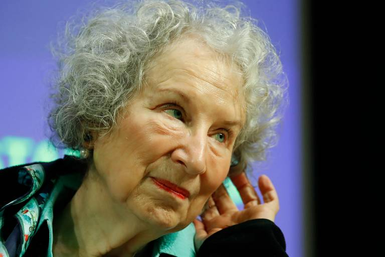 """Escritora canadense Margaret Atwood fala em entrevista coletiva de seu novo livro, """"Os Testamentos"""""""