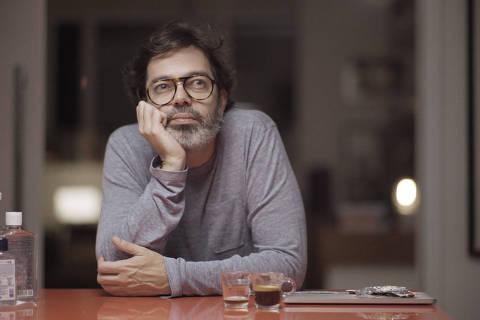Murilo (Bruno Mazzeo) - set depoimento