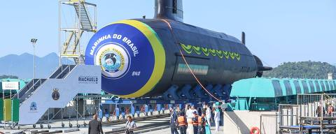 RIO DE JANEIRO, RJ 14.12.2018-SUBMARINO-Primeiro submarino brasileiro com tecnologia francesa é lançado no Rio de Janeiro (RJ).  O presidente Michel Temer e o presidente eleito Jair Bolsonaro participaram na manhã desta sexta-feira (14) da cerimônia de lançamento do submarino Riachuelo, no Complexo Naval de Itaguaí, litoral sul do Rio de Janeiro (RJ). (Foto: Cesar Sales/Codigo19/Folhapress) ***PARCEIRO FOLHAPRESS - FOTO COM CUSTO EXTRA E CRÉDITOS OBRIGATÓRIOS***