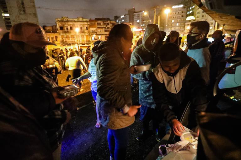 Frio afeta moradores de rua no Sul