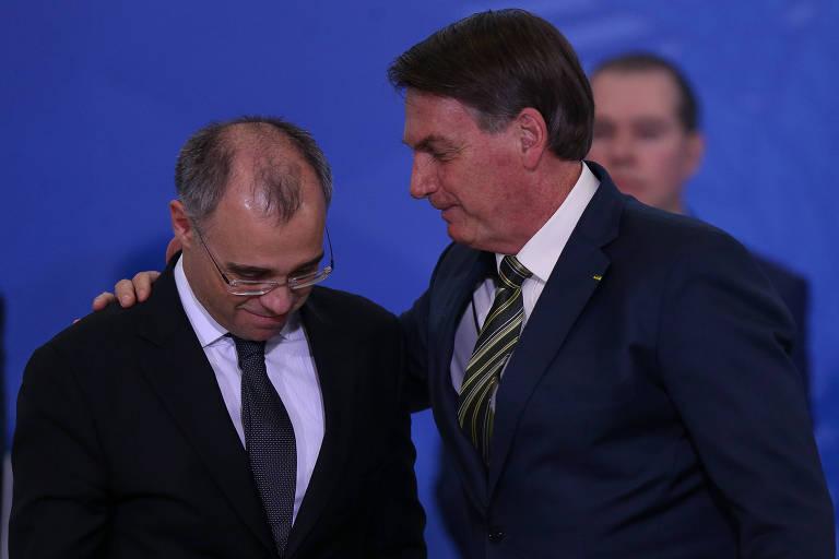 Presidente Jair Bolsonaro deu posse a André Mendonça no Ministério da Justiça após pedido de demissão de Moro