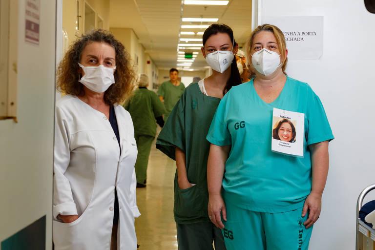 A diretora de cuidados paliativos Maria Goretti Maciel (da esq.para a dir.), a médica Raissa Robles e a terapeuta ocupacional Tatiana Couto escrevem sobre a vida dos pacientes
