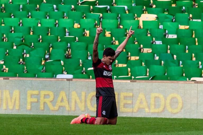 Flamengo confirmou o favoritismo, embora tenha sido inferior ao Fluminense