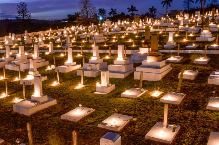 Por causa da pandemia, a festa japonesa Shokonsai, que celebra os mortos na pequena Álvares Machado (interior de SP), ficou restrita