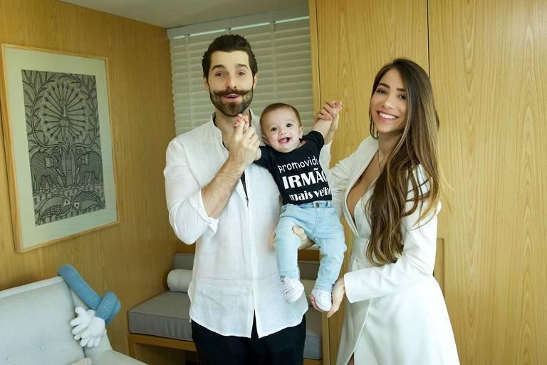 Imagens de Alok e família