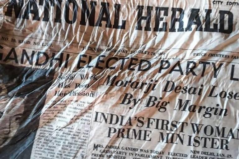 Primeiras páginas noticiam primeira eleição de Indira Gandhi