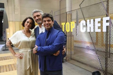 Felipe Bronze e os jurados do Top Chef, Ailin Aleixo e Emmanuel Bassoleil, da Record