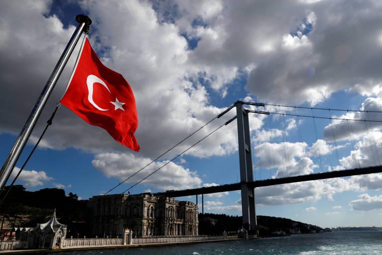Há quatro anos o povo turco se opôs a uma tentativa de golpe, e a democracia venceu
