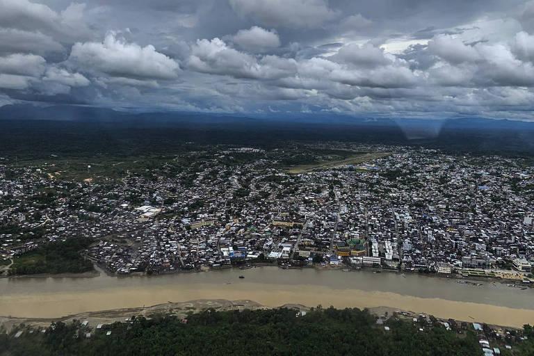 A cidade de Tumaco, na Colômbia, onde a pesca foi proibida por grupos armados