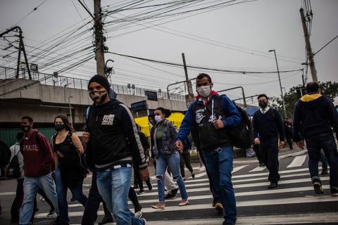 Mais da metade dos paulistanos teve queda na renda por causa da pandemia