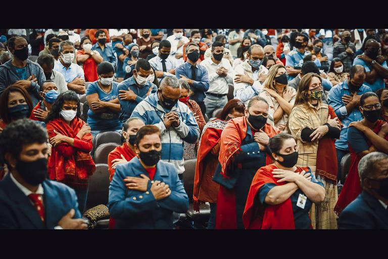 Igrejas evangélicas adotam estratégias diferentes diante de pandemia