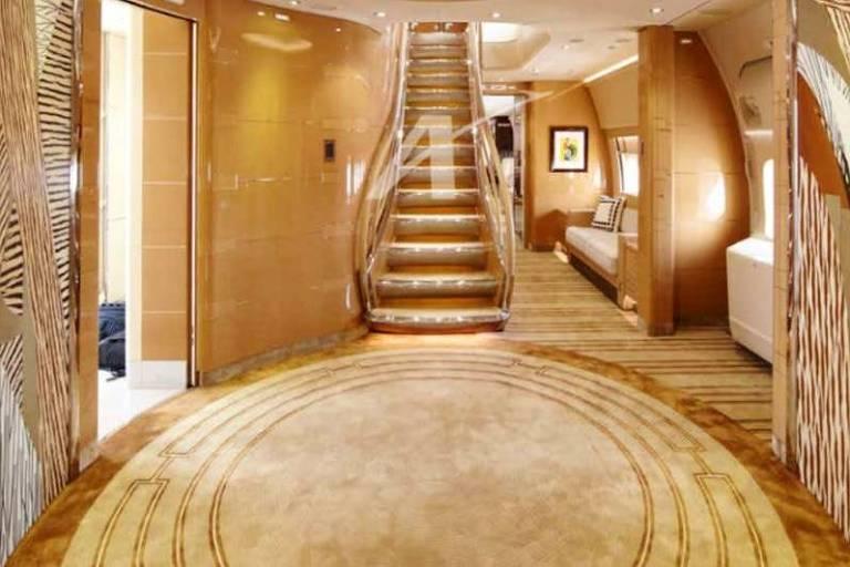 Família real do Catar coloca a venda luxuoso Boeing particular