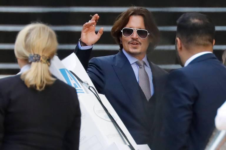 Amigo de Johnny Depp diz que Amber Heard simulou ferimentos no rosto para acusar ator