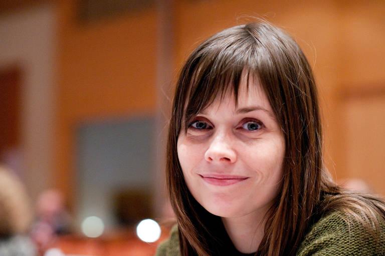 Katrín Jakobsdóttir, 44, primeira-ministra da Islândia desde 2017, à frente de uma coalizão de partidos de esquerda e ambientalistas