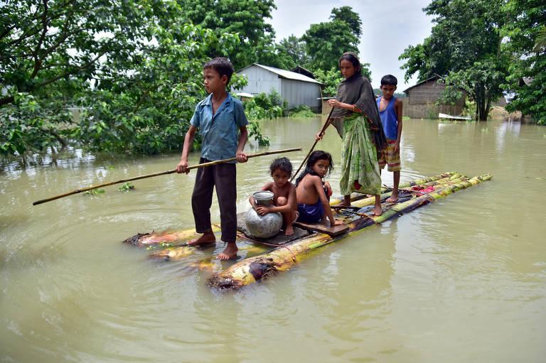 Inundações da época das monções no sul da Ásia