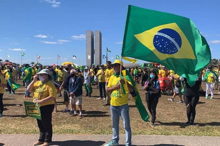 Manifestação pró-Bolsonaro realizada neste domingo (19) em Brasília