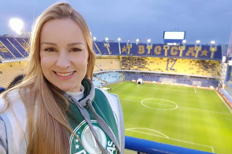 Priscila Fonseca, torcedora do Palmeiras em La Bombonera, estádio do Boca Juniors