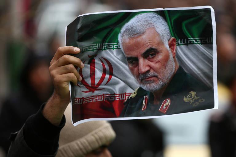 Irã executa homem acusado de repassar informações sobre Suleimani aos EUA