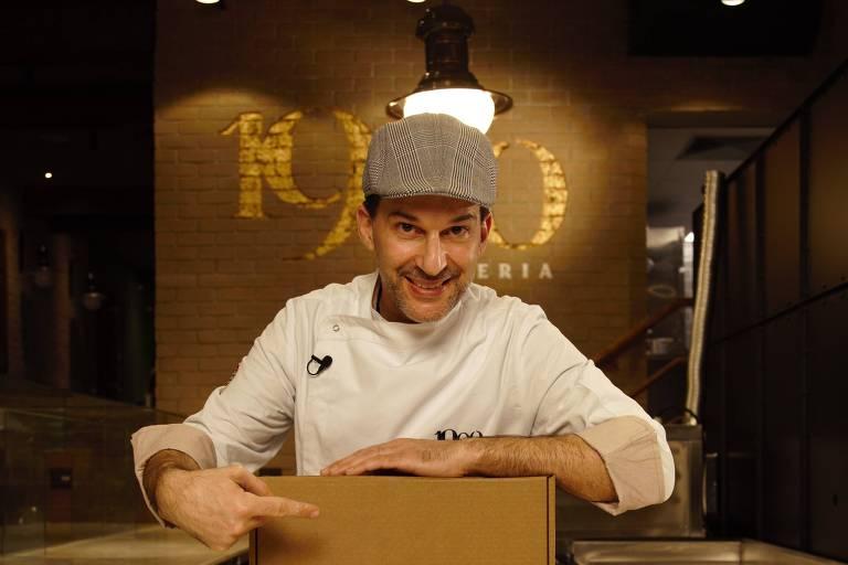 Erik Momo, dono da rede de pizzarias 1900, em São Paulo