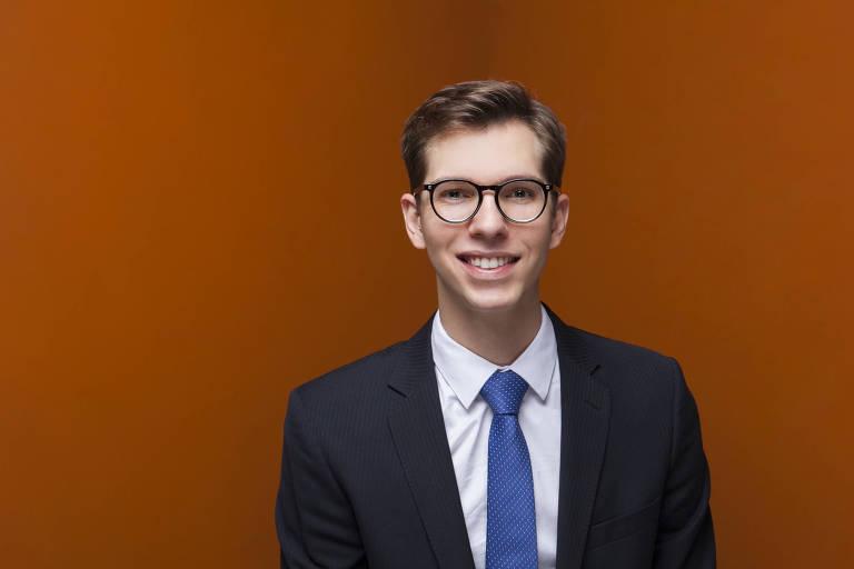 Vitor Boaventura Advogado. Membro da Associação Brasileira de Juristas pela Democracia (ABJD). Sócio de Ernesto Tzirulnik Advocacia (ETAD).