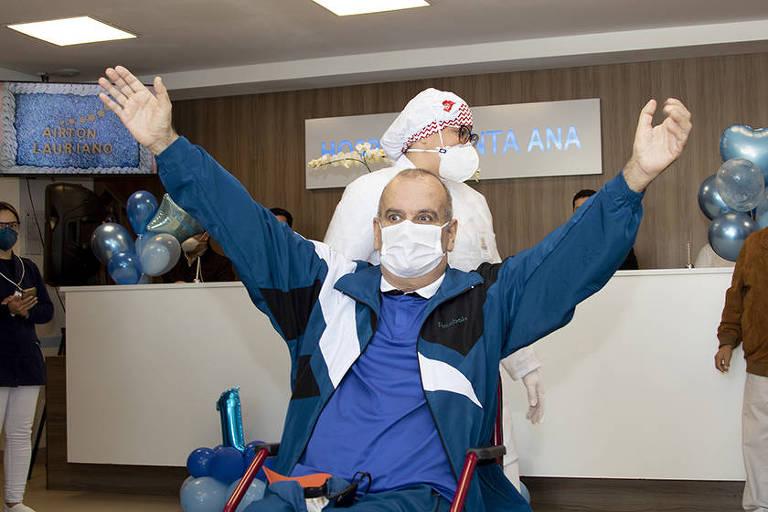Aos 65 anos, Airton dos Santos venceu a Covid, duas paradas cardíacas e a hemodiálise no Hospital Santa Ana, em São Caetano do Sul (SP)