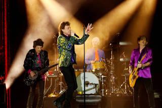FILE PHOTO: Rolling Stones No Filter U.S. Tour