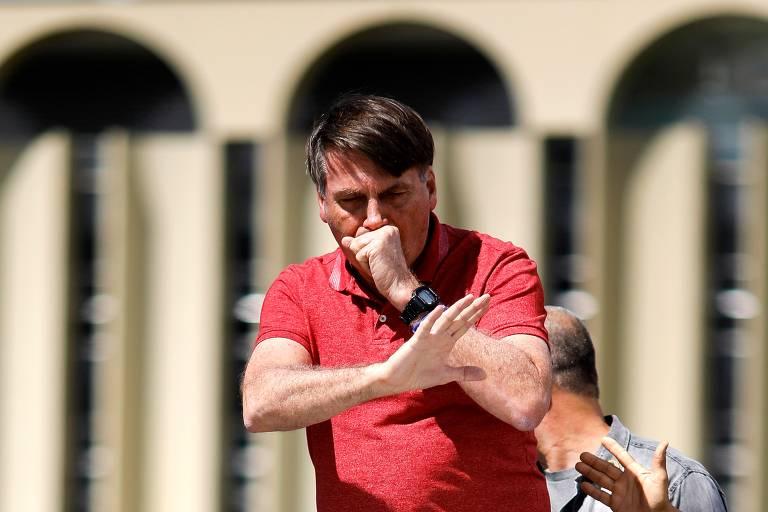 Bolsonaro sanciona medida que dispensa reembolso por shows cancelados